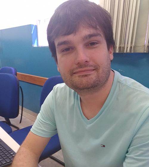 foto do professor Alexandre Garcia de Oliveira